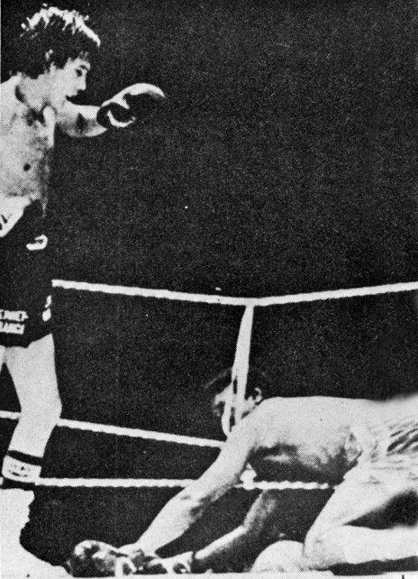 En el 14º y penúltimo round, Escopeta derribó al nacido en Cartagena.