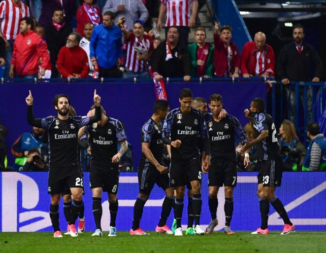 Acuerdo oficial entre James Rodríguez y Manchester United se anunciaría el domingo