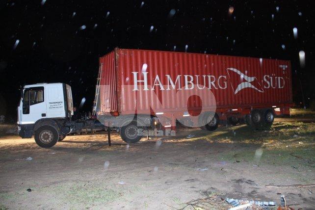 <b>Noche de lluvia</b>. En la madrugada del 2 de noviembre del 2014, fue encontrado el camión.