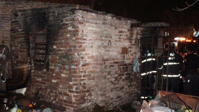 La vivienda de Gaboto al 6.100, en barrio Villa Hipódromo que tomo fuego en la noche del jueves.