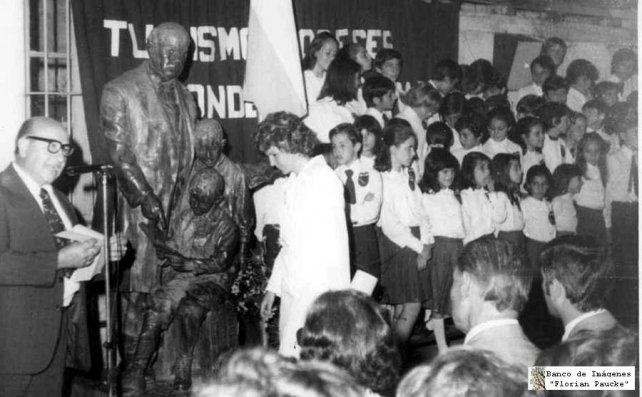 Acto histórico realizado en la entidad en la década del 70.