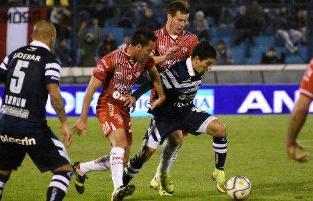 Unión logró su primer triunfo en el torneo ante Gimnasia