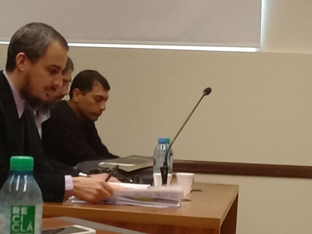 En el fondo, el imputado por el crimen, Leandro Ochoa de 27 años.