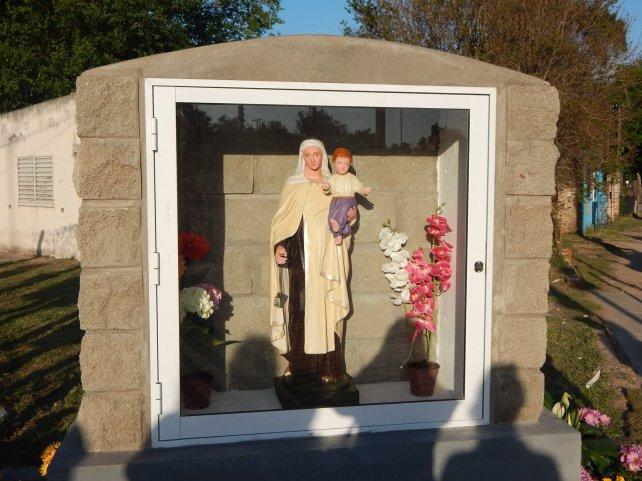 <b>Renovada.</b> También se arregló la gruta para la Virgen patrona de la ciudad, ubicada cerca del portal.