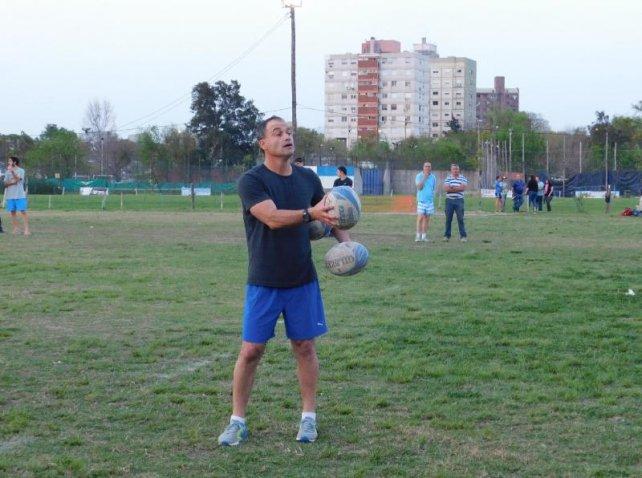 Nicolás Fernández Miranda, el entrenador de Hindú, en su reciente visita a Santa Fe.